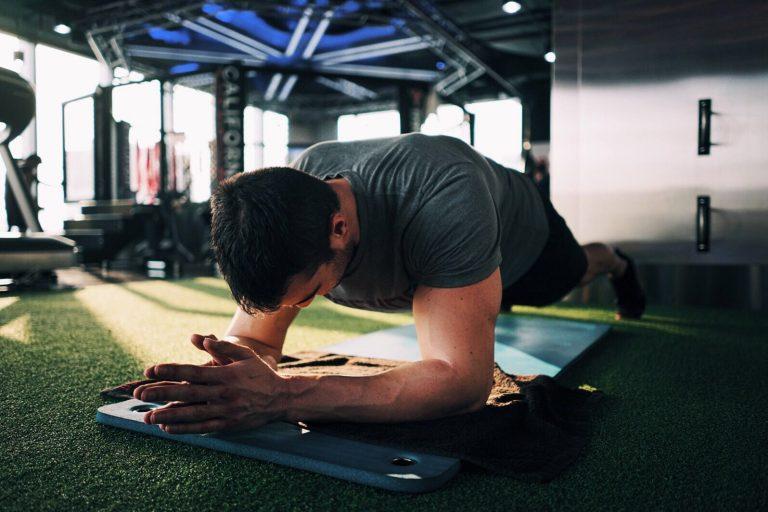 Le Gainage en musculation