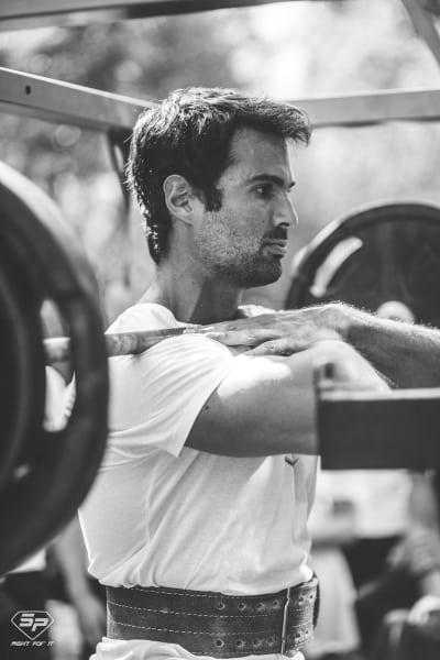 Combien de temps prendre entre chaque série en musculation