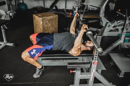 Développé couché en force athlétique